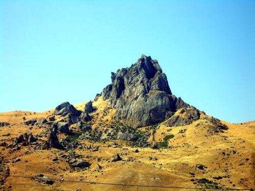 Azerbaijani: Beş Barmaq, literally translated as Five Finger Mountain