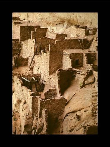 Building Expats: Betatakin Ruins, Navajo Nation