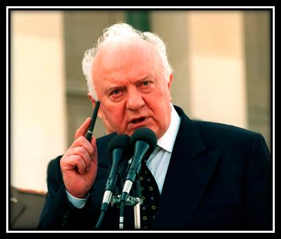Expat Living: Meeting with the President, Eduard Shevardnadze