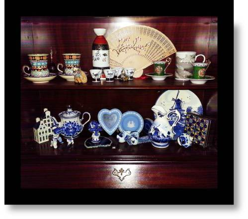 Picture of Souvenirs: Peaceful Coexistence- 11 Countries